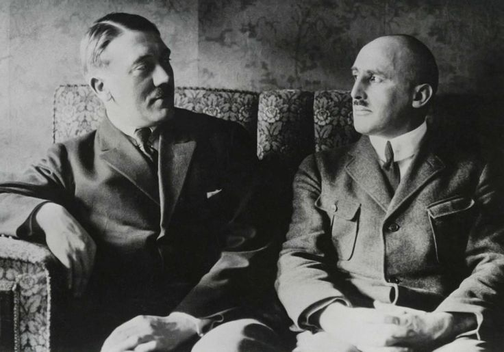 Jaw droppingly RARE photo of Adolf Hitler with Julius Streicher. This is VERY early, probably 1923.