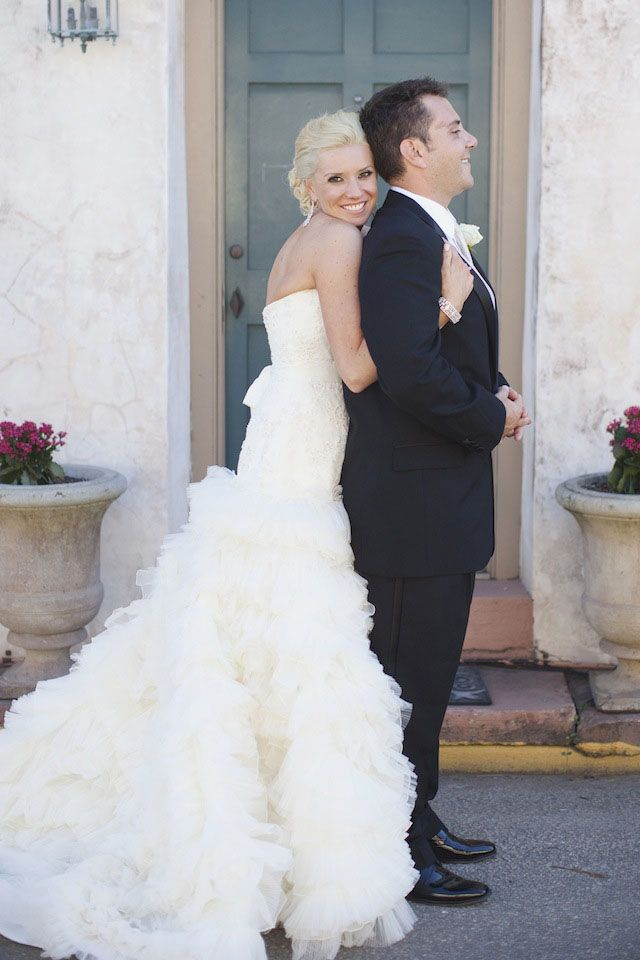 Sweet portrait of the bride and groom in St. Augustine, photo by leslie-hollingsworth.com
