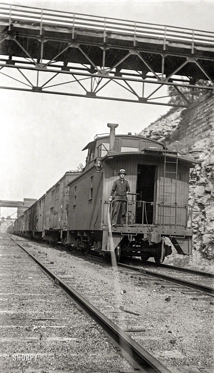 Shorpy Historic Picture Archive Caboose Selfie 1905