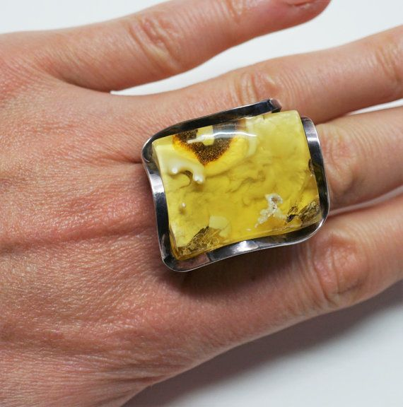 Handmade Silver Baltic White Amber Ring 14g by AmberLovers20