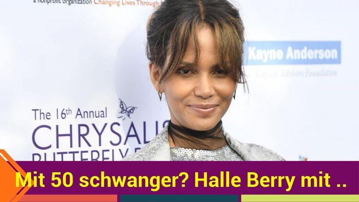 Ist Halle Berry (50) etwa in anderen Umständen? Beim Chrysalis Butterfly Ball in Los Angeles strahlte die 50-Jährige auf dem roten Teppich. Aber nicht ihr glitzerndes Kleid sorgte beim Charity-Event für Aufsehen sondern ihr kleines Bäuchlein. Wird die Schauspielerin etwa wieder Mama?   Source: http://ift.tt/2qUnJYA  Subscribe: http://ift.tt/2rTAtz9 50 schwanger? Halle Berry überrascht mit Bäuchlein