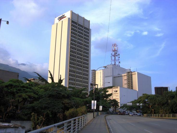 Cantv conmemora siembra del Gigante Hugo Chávez