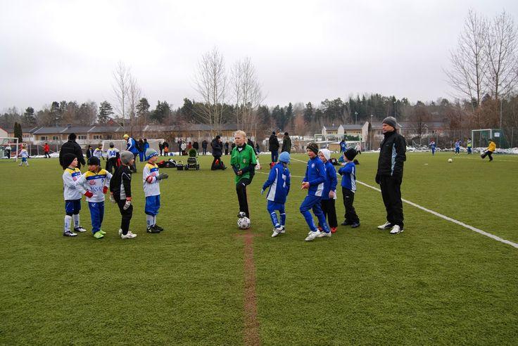 Детский Европейский Футбол: Весенний кубок. В конце мая наша команда приняла у...