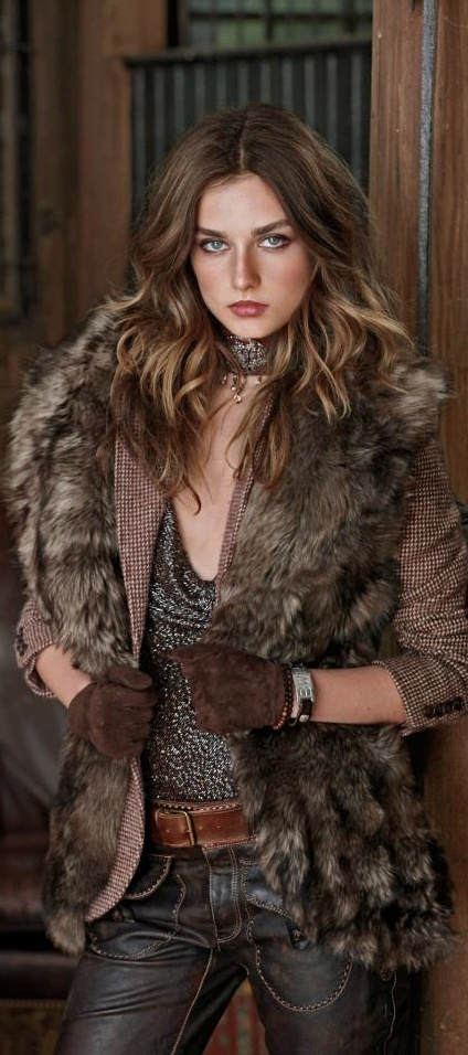 Ralph Lauren Blue Label Fall 2012 STILL LOVE IT, not very different from today's fashion!