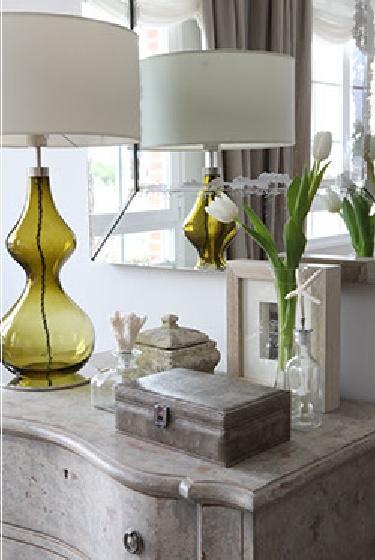 very niceDecor Ideas, Maison Gray, Blue Green, Architecture Interiors, Accessories Vignettes, Interiors Details, Colors Schemes, Decor Accent, Green Lamps
