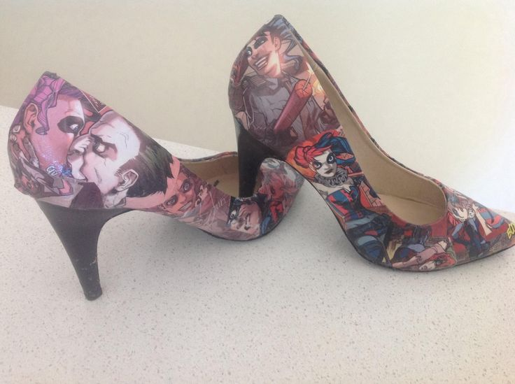 Shoes I made at home using one comic book of Harley Quinn