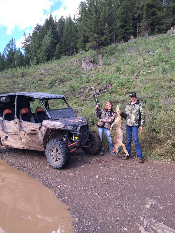Polaris 1000 4 Seater Rzr Rides And Coyote Huntin