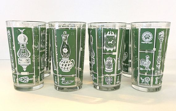Green White Drinking Glasses Tumblers Antique Country Theme