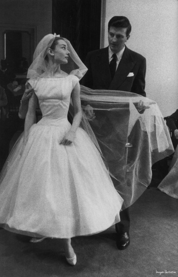 Numinis Eventos: Vestidos de Noiva Midi