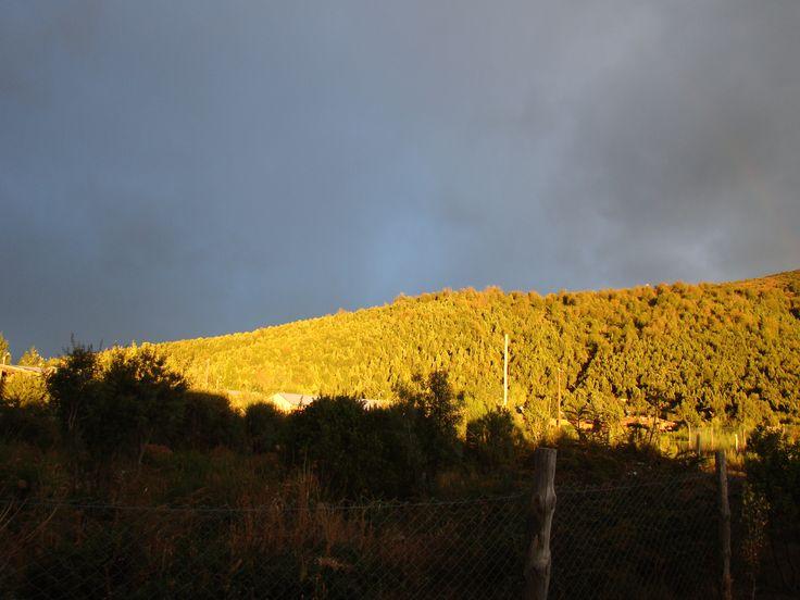 Luz de otoño en el Cerro Otto. #Bariloche