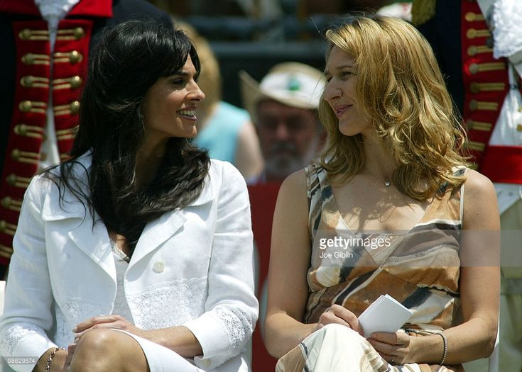 2006 International Tennis Hall of Fame inductee Gabriella Sabatini with 2004 Inductee Steffi Graf at the Hall of Fame induction ceremony in Newport, R.I. on Saturday July 15, 2006.