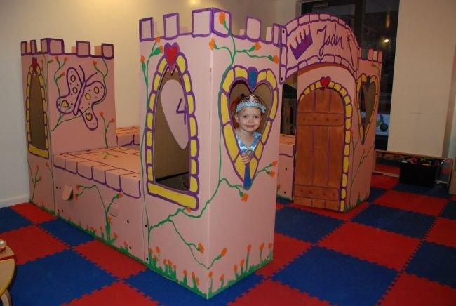 These genius moms are creating adreamlike world for their kids from cardboard boxes