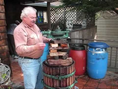 ▶ Wine Making - YouTube https://www.youtube.com/watch?v=TjuwxBgfLj0