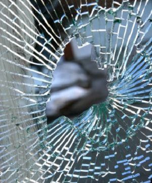 24/7 Emergency Service You can trust us for replacements and repairs to any glass you own, at any time of day or night.  Airdrie Windshield & Glass 403-948-6625
