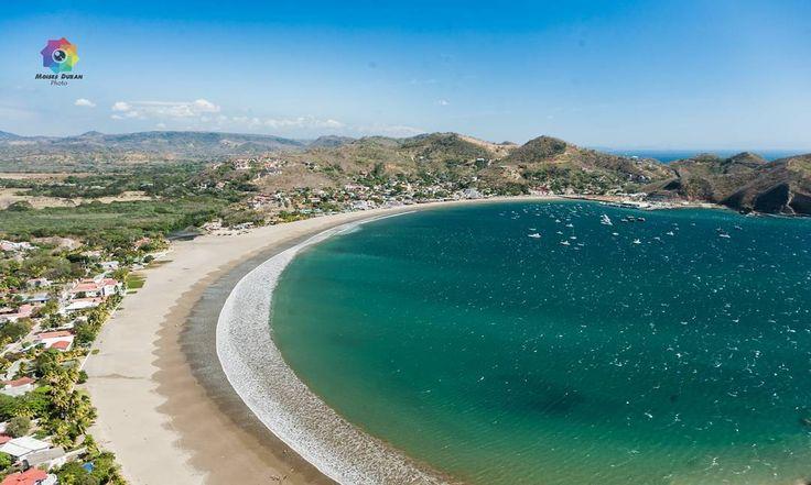 Beautiful view of San Juan Del Sur Bay Rivas Nicaragua  #sea #bay #wideangle #boats #water #sand #beach #sanjuandelsur #rivas #awesome #amazing #greatoceanroad ##travelphotography #travelphoto #travelpics #nicaragua #elsalvador #masatepe #canon6d #moisesduranfotografia #orgullonicaragüense #orgullonicaraguense #canonphotography http://ift.tt/1Vt7FFJ by moisesduranfotografia