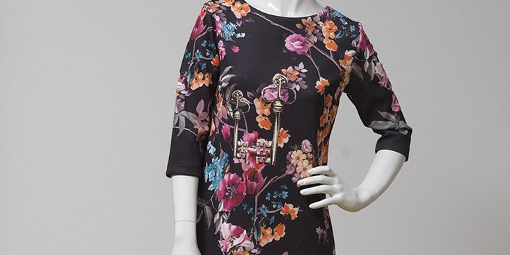 """own Dress-Collection with """"Dolce&Gabana"""" tissue"""