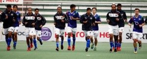League leaders Delhi Waveriders would be keen to set the record straight at Dhyan Chand Astroturf Stadium here when they take on hosts Uttar Pradesh Wizards in their 10th round-robin match of the Hero Hockey India League here on Sunday.