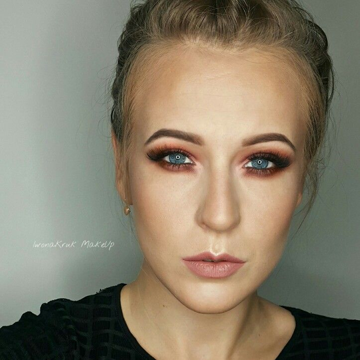 Warm red makeup, inspiration. Perfect for blue eyes. I thing that it looks great for every eyes colour ;)