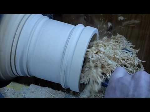 В данном ролике продемонстрирован процесс изготовления шкатулки. Выполнена из липы, произведена роспись. В конце ролика фотографии и кадры с росписью.