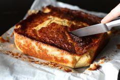 Gâteau au lait et à la semoule ultra moelleux parfumé à la vanille et au citron. (http://blogs.cotemaison.fr/cuisine-en-scene/2013/04/06/gateau-au-lait-et-a-la-semoule-ultra-moelleux-parfume-a-la-vanille-et-au-citron/#more-8325)