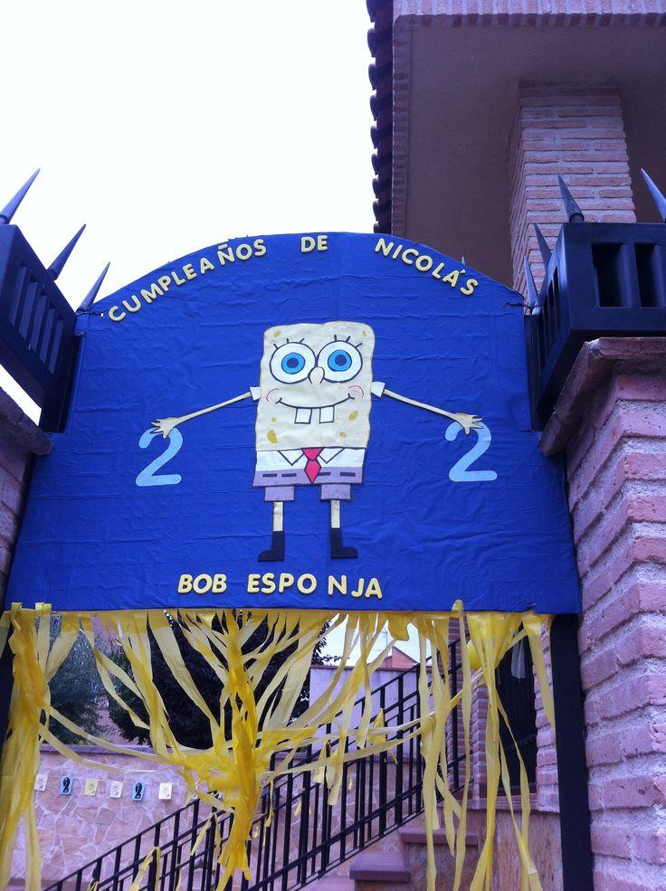 Decoración puerta de entrada en el  cumpleaños de Bob Esponja, para los dos años de Nicolás Ramos.