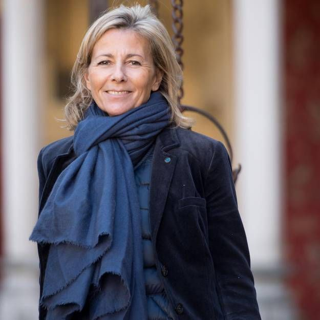 237 best claire chazal images on pinterest searching for Rester jeune
