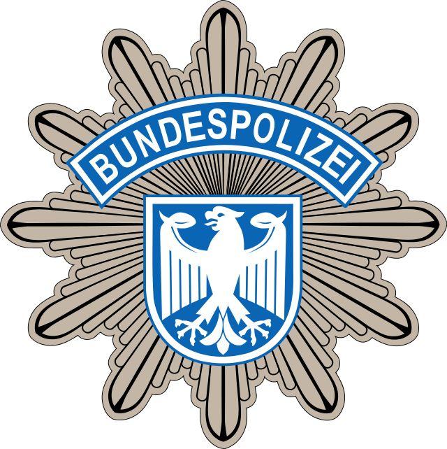 A Polícia Federal da Alemanha (em alemão: Bundespolizei, BPol) é uma das polícias federais da Alemanha, subordinada ao Ministério Federal do Interior (Bundesministerium des Innern), com sede em Potsdam.  http://pt.wikipedia.org/wiki/Pol%C3%ADcia_Federal_(Alemanha)