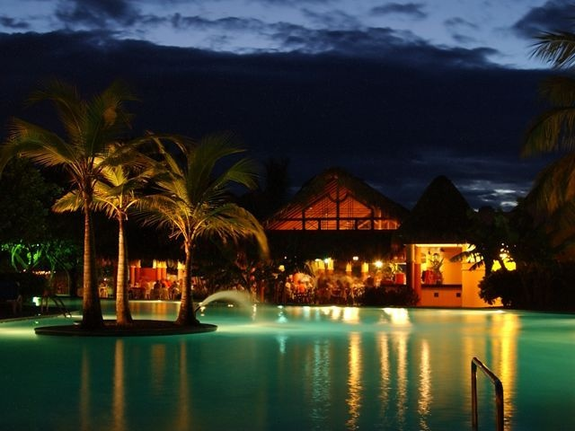All Inclusive Amhsa Marina - Casa Marina Beach and Reef Hotel /Resort in Puerto Plata Dominican Republic. - Pool View