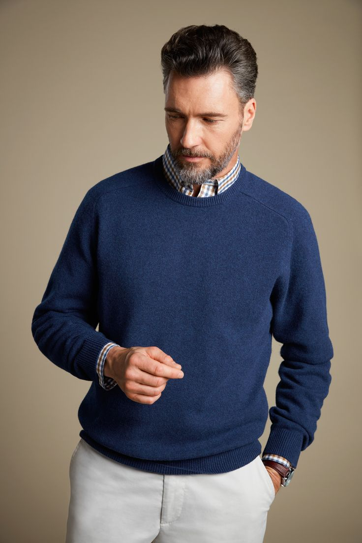 Made from soft lambs wool, this crew neck knit is a timeless classic. It's an easy way to inject a bit of colour into your winter wardrobe.