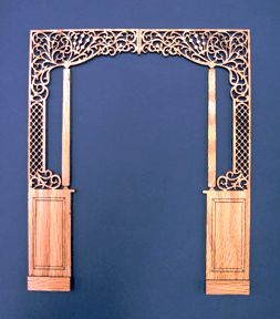 1:12 Scale dollhouse solid oak fretwork room divider beautifully finished with a furniture grade lacquer finish.
