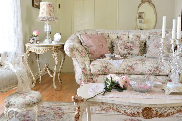 Интерьер, Классический, Гостиная,  shabby chic,диван,светлые цвета,цветочный принт,шебби шик,