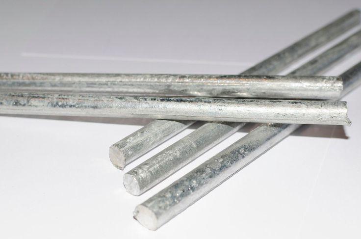 Tyče z čistého kadmia 99,99+ % Rods made of pure cadmium (Cd)