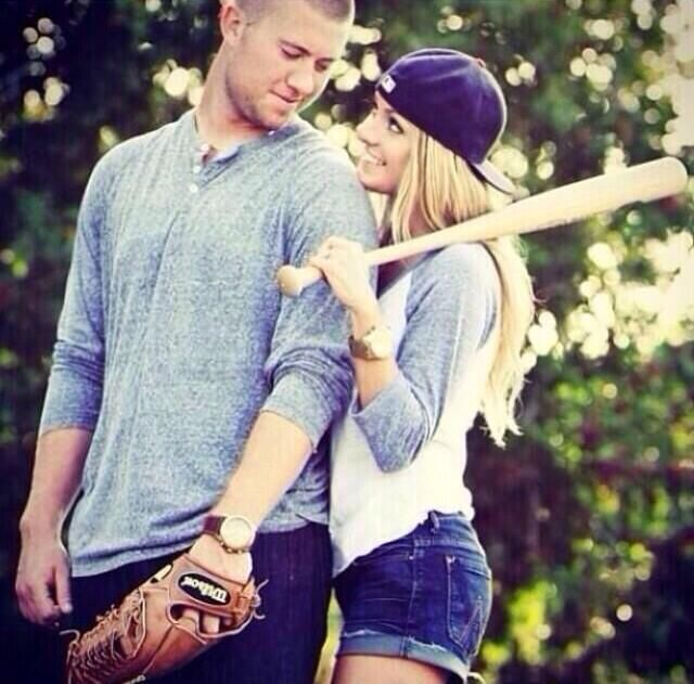 Senior pictures for baseball couples.