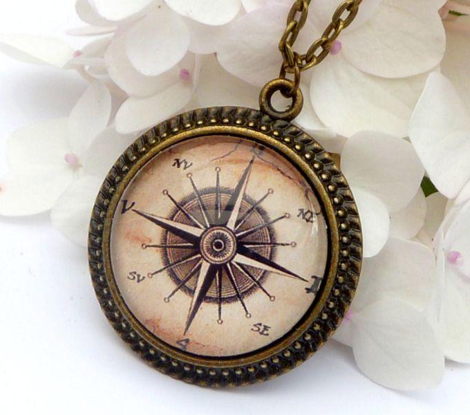 Antica collana bussola in bronzo, navigazione di Schmuckdesign-Onlineshop su DaWanda.com compass necklace