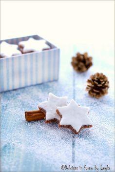 Zimtsterne o stelle alla cannella, la ricetta dei biscotti di Natale di Dulcisss in forno