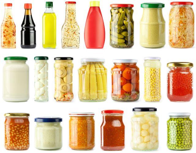 忙しいときでもすぐに食べられる! 「キッチンにあると便利な食品」