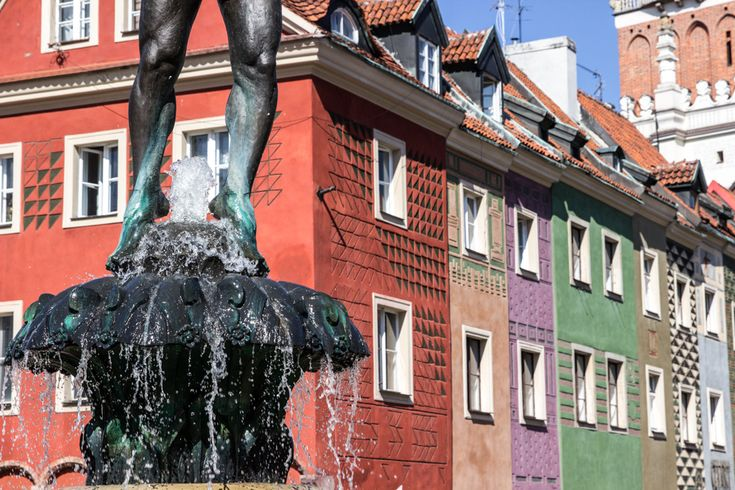 Poznan is the perfect city trip in Poland. Here are some of the best and coolest things to do in Poznan, places to go, things to see and where to eat.