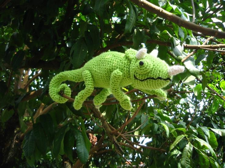 Crochet Chameleons : Crochet chameleon! Seriously stinking cute