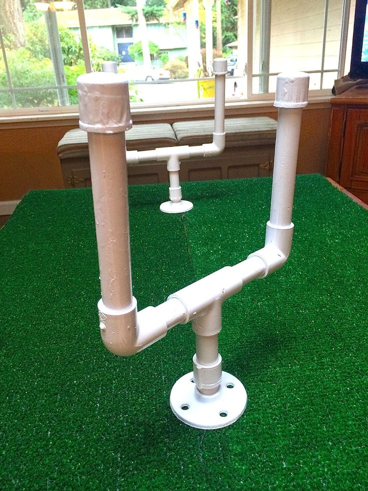 Sowdering About: Table top football game out of PVC pipe