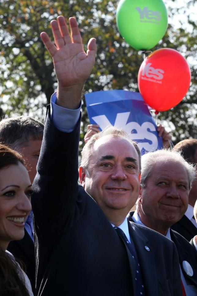 Scottish First Minister Alex Salmond to step down