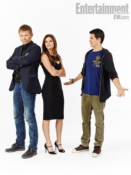 Mark Pellegrino, Peyton List, Robbie Amell, The Tomorrow People
