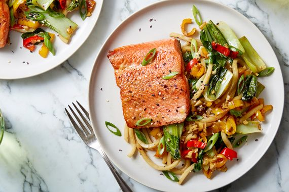Salmon+&+Udon+Noodle+Stir-Fry+with+Sweet+Peppers,+Bok+Choy,+&+Furikake.+Visit+https://www.blueapron.com/+to+receive+the+ingredients.