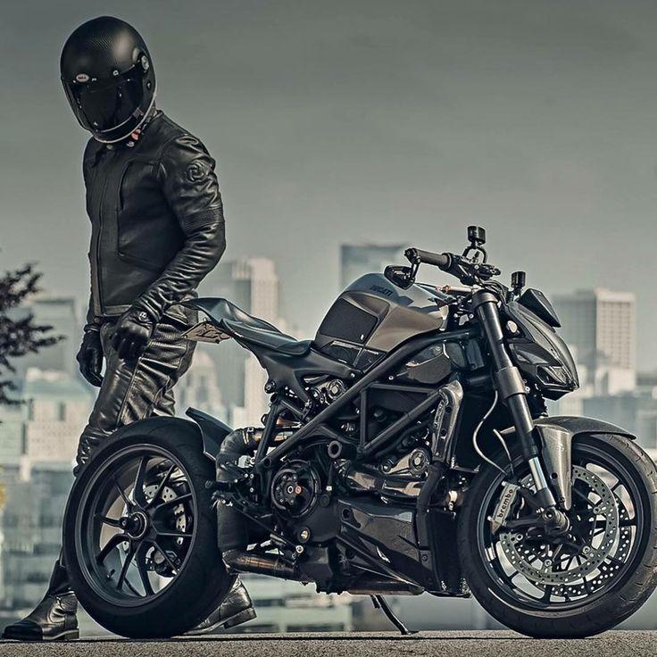"""""""Legendary By: @pagnol.moto  Via: @hammerbeastmotorcycles #ducatistagram #ducati #streetfighter #1098"""""""