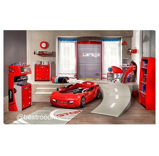 Kinderzimmer Gestalten U0026 20 Kinderbetten Für Coole Jungs Wie Autos Geformt    Kinderzimmer Einrichten Junge Bett Auto Einrichtung Rot Schnellwagen  Kidsroom ...