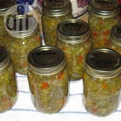 Салат-заготовка из зеленых помидоров, перца, морковки и лука @ allrecipes.ru