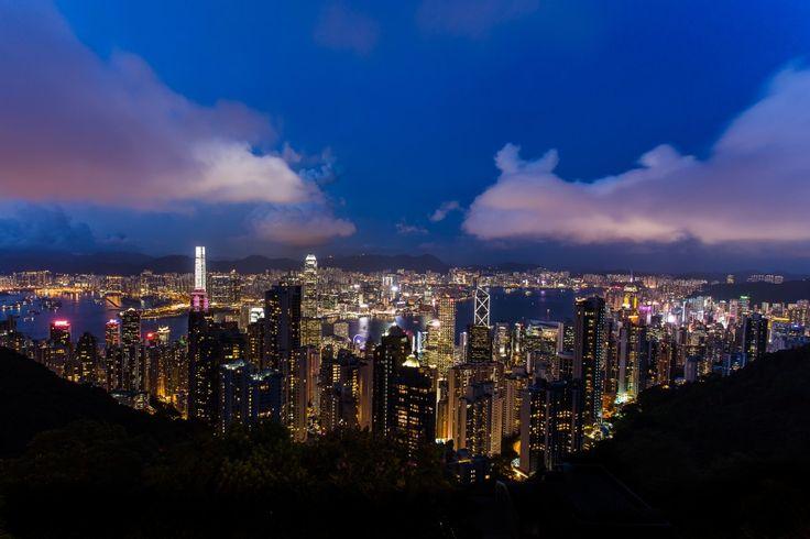 Flight Madrid to Hong Kong for 354 EUR