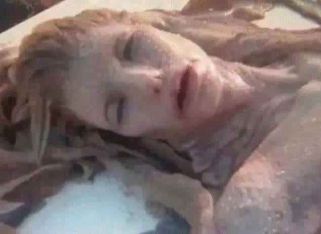 A Real Life Mermaid Found On The Beaches Of Hawaii And Egypt! - Toronto, Calgary, Edmonton, Montreal, Vancouver, Ottawa, Winnipeg, ON
