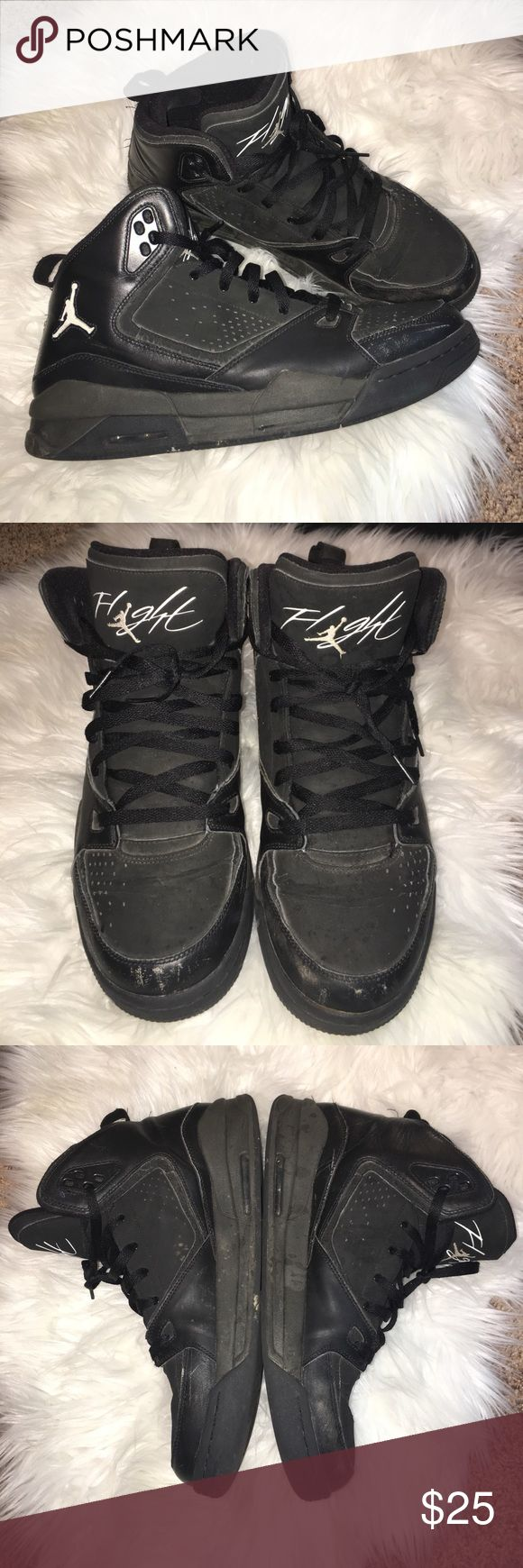 Nike Jordan basketball shoes flight Good/great shape, minor cosmetic flaws - see images. Air pockets still in tact Jordan Shoes