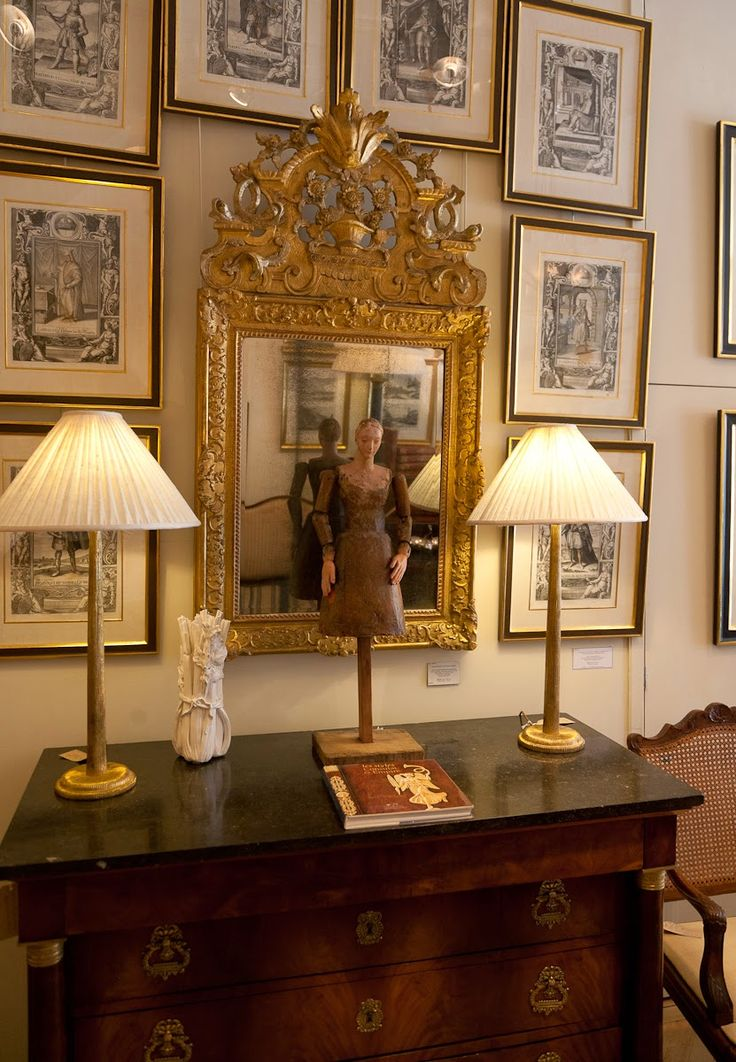 JULIA BOSTON - ANTIQUES DEALER AND PAINTER: WAYS TO MAKE A STATEMENT