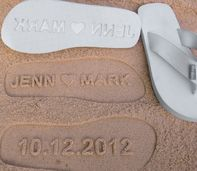 personalized flip-flops, how awesome is this